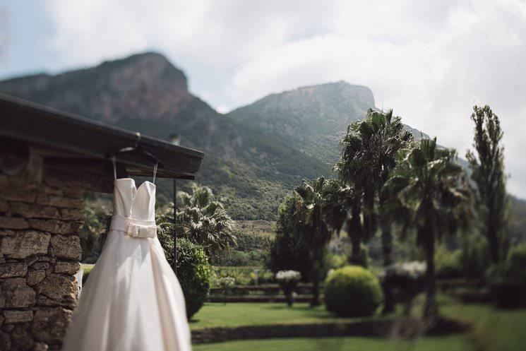 Irish destination wedding in Italy - Italian english wedding photographer - naples wedding 0009