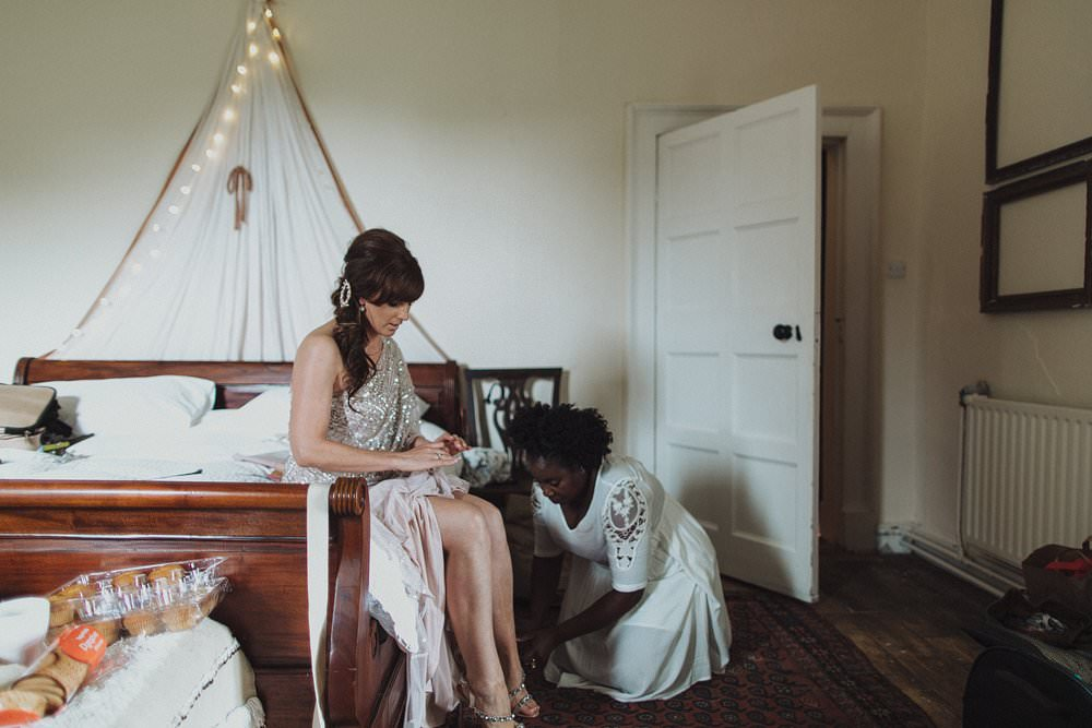 killyon-manor-alternative-outdoor-wedding-0042