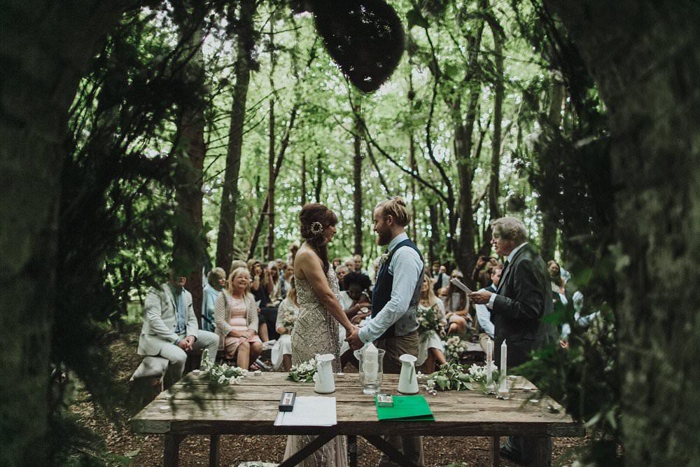 killyon-manor-alternative-outdoor-wedding-0080