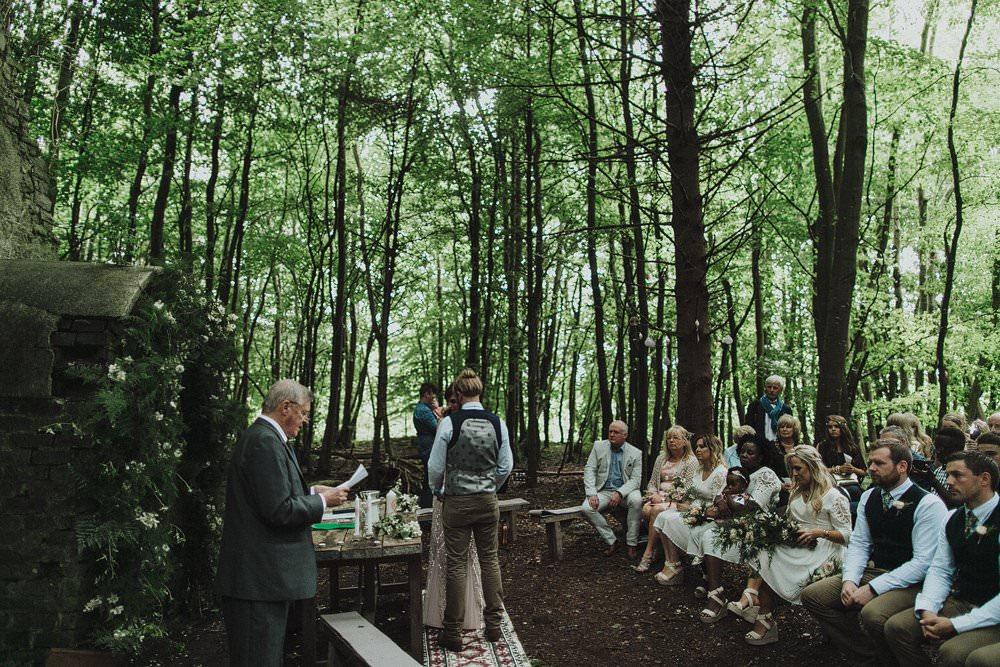 killyon-manor-alternative-outdoor-wedding-0091