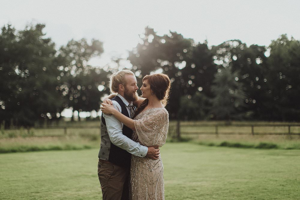 killyon-manor-alternative-outdoor-wedding-0197