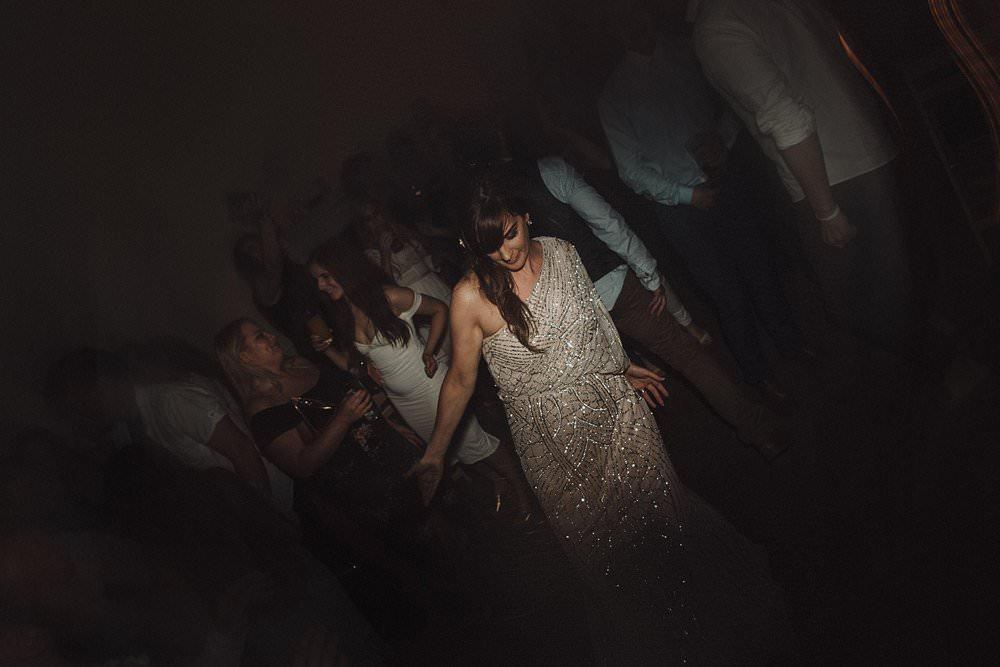 killyon-manor-alternative-outdoor-wedding-0212