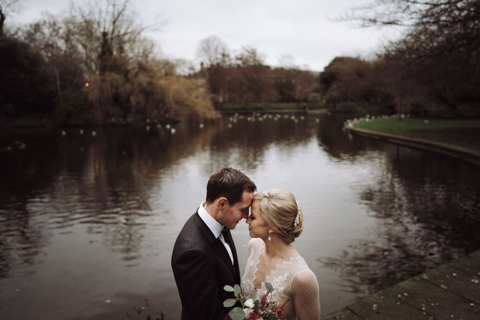 Is It Really Wise to Look For A Cheap Wedding Photographer ? 4