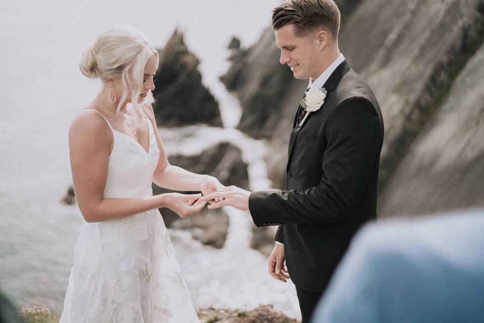 Hailey & Carson - elopement wedding Ireland - Dingle co.Kerry 45