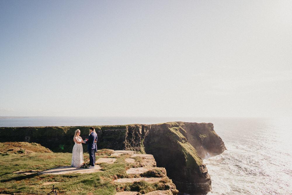 Elopements are cool - Wedding of Caroline & Rush 56