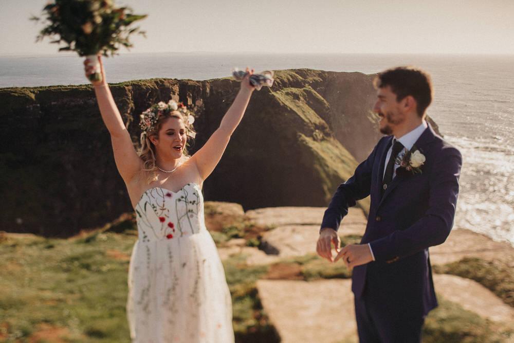 Elopements are cool - Wedding of Caroline & Rush 57