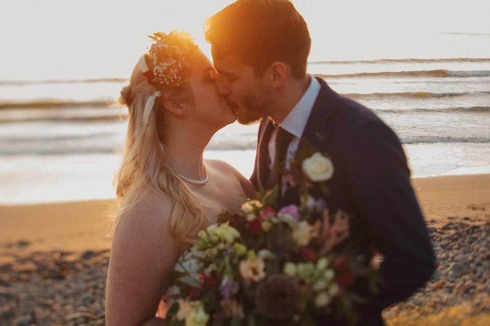Elopements are cool - Wedding of Caroline & Rush 97