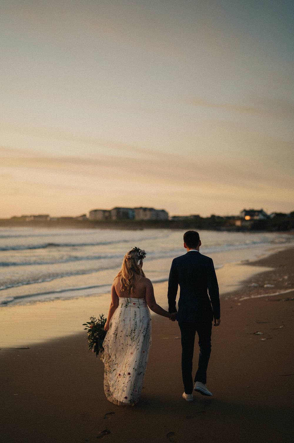 Elopements are cool - Wedding of Caroline & Rush 101