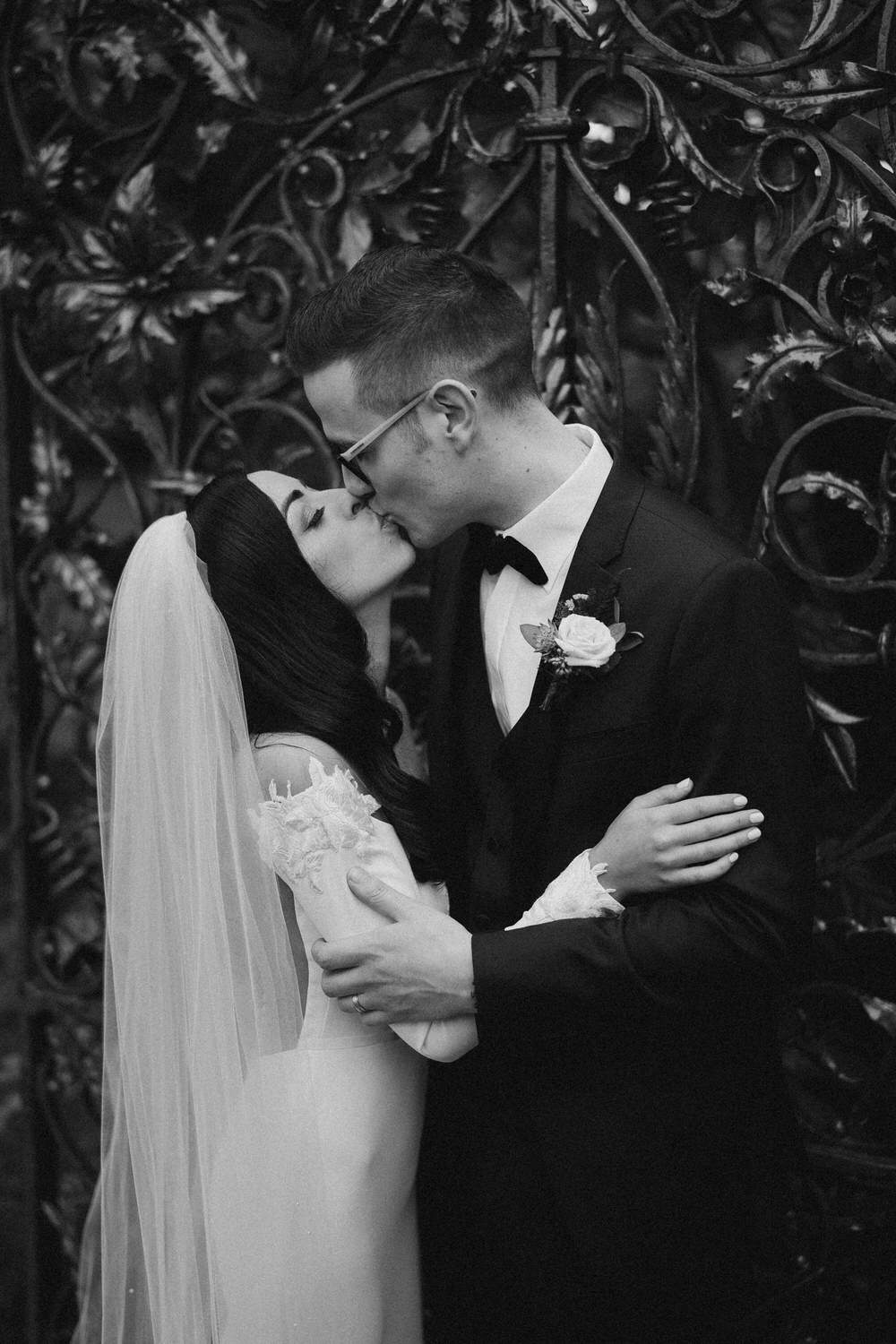 Black&White wedding frames - basis of the photography 28