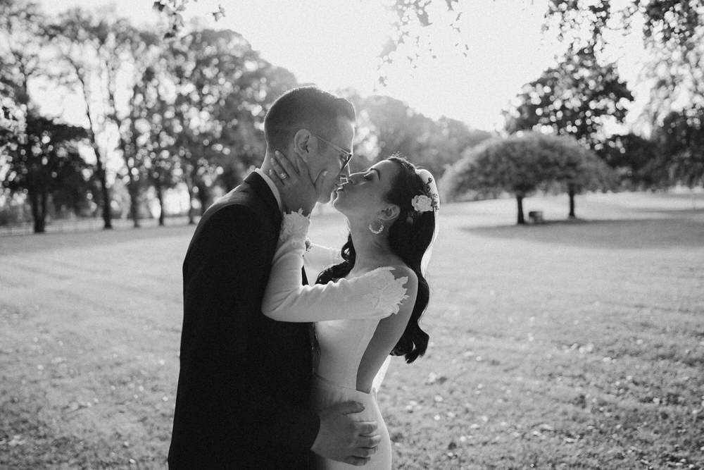 Black&White wedding frames - basis of the photography 33