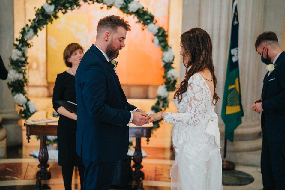 City-hall-dublin-wedding-photos-30 29