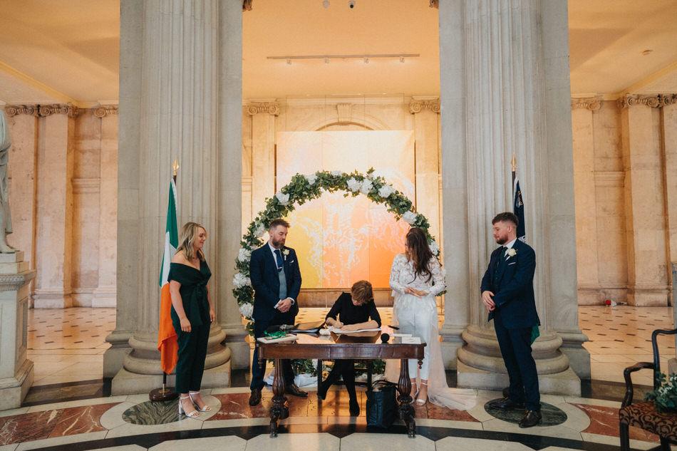 City-hall-dublin-wedding-photos-33 32